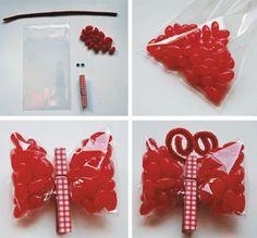 Paquetes de 'chuches' en forma de mariposa