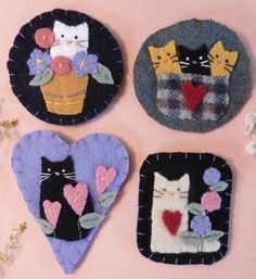 Super-cute felt cat pins by Shirley from Hudsonsholidays from Etsy