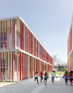 Primary school in karlsruhe / wulf architekten kindergarten design, building facade, education architecture, Colour Architecture, Education Architecture, Facade Architecture, School Building Design, School Design, Primary School, Elementary Schools, Kindergarten Design, Building Facade