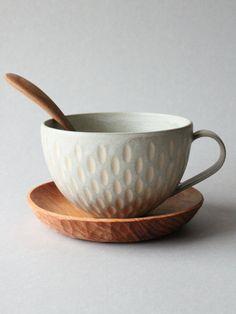 incised+light+peppermint/jade++large+mug+by+mayumiYceramics