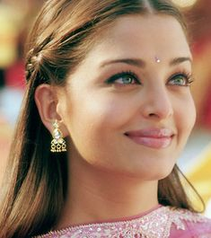 How To: Do Bollywood Makeup | Makeup For Life
