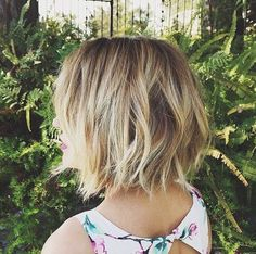 21 Textured Choppy Bob Hairstyles: Short, Shoulder Length Hair - The Hairstyler
