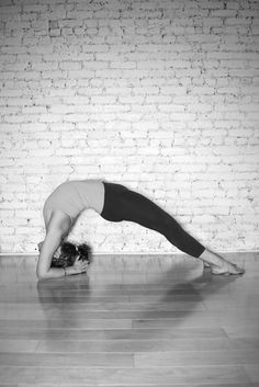 """""""you are here to pay attention."""" –In the End by Tara Sophia Mohr Yoga For All, How To Do Yoga, Fish Pose Yoga, Yoga Fitness, Health Fitness, Increase Flexibility, Yoga Moves, Self Acceptance, Body Language"""