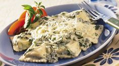 Four easy ingredients put a creamy ravioli on your dinner table in less than 30 minutes!