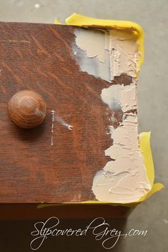 Awesome advice for chipped vaneer furniture rehab--painted furniture - Veneer Chips Fixed furniture Fix Chipped Veneer The Easy Way - Slipcovered Grey Do It Yourself Furniture, Furniture Repair, Paint Furniture, Furniture Projects, Furniture Making, Furniture Makeover, Furniture Design, Diy Projects, Furniture Refinishing