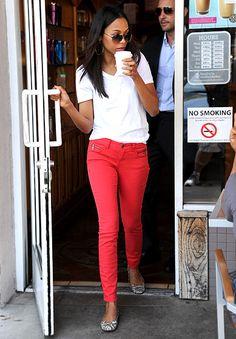 I just love Zoe Saldanas style so simple and effortless.