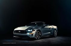 Just days after unveiling the newly facelifted Mustang coupe to the public at Detroit's motor show, Ford has peeled back its lid. The new-look 2018 Ford Mustang Convertible takes its cue from the har . Ford Mustang Gt, Ford Mustang Convertible, Ford Mustang Cabriolet, Neuer Ford Mustang, 2017 Ford Mustang, Mustang Fastback, Luxury Sports Cars, New Sports Cars, Sport Cars