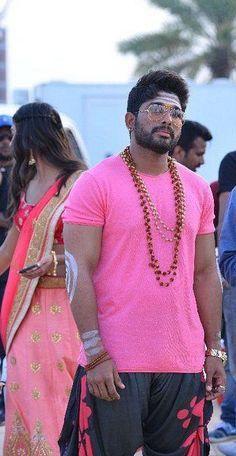 New trending allu Arjun amazing pic collection 2019 - Inofy