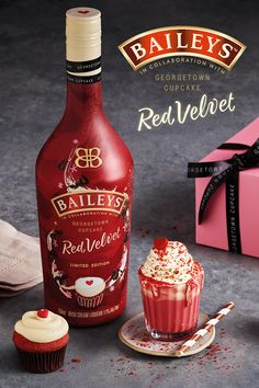 Oh hello red velvet! Introducing our sweet new flavor from Georgetown Cupcake—now you can have your cupcake and drink it too! Baileys Drinks, Baileys Recipes, Liquor Drinks, Alcoholic Drinks, Party Drinks, Cocktail Drinks, Fun Drinks, Yummy Drinks, Cocktails
