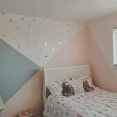 Zimmer farbschemata Choosing Power Tools: Corded Or Cordless? Girls Room Paint, Girl Bedroom Walls, Bedroom Decor, Girls Bedroom Colors, Cute Room Ideas, Decorate Your Room, Little Girl Rooms, Room Inspiration, Geometric Wall