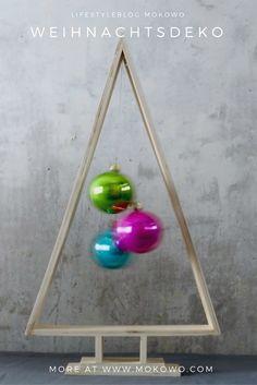 DIY Idee für tollen traditioniellen Adventskranz zum selbermachen   und basteln in der Vorweihnachtszeit und als tolle Weihnachtsdeko.  extraordinary Advent wreath DIY at our christmas blog MoKoWo