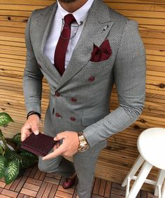 Suit Colors For Men [Updated May Grey colored suit with red tie and pocket square image.Grey colored suit with red tie and pocket square image. Suit With Red Tie, Suit And Tie, Grey Suit For Men, Best Suits For Men, Trendy Suits For Men, Red Ties, Blue Suit Men, Men Casual, How To Wear Blazers