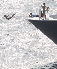 Julianne Hough mega dives...off a yacht...into the ocean. She is impressive, and I'm inspired!