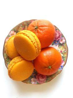 Mandarine macarons! #yannpins