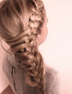 Cool side french braid! I really want to do a half up half down braid and curled style