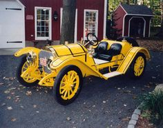1913 Mercer Type 35-R Raceabout. Mercers were made from 1909-1925 in New Britain, Connecticut by the Roebling family of suspension bridge fame. This car was capable of over 90mph.