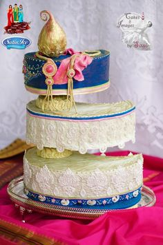 http://cakesdecor.com/cakes/193175-maya-elegant-indian-fashion-collaboration