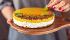 Svieži letný cheesecake s mangom – Tchibo Mango, Cheesecake, Birthday Cake, Desserts, Food, Basket, Birthday Cakes, Deserts, Cheese Cakes