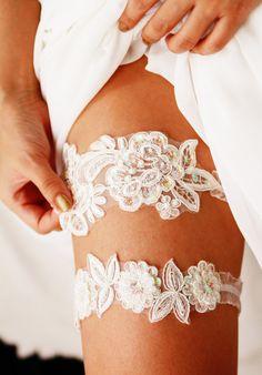 Bridal Garter Set Wedding Garters Lace Garter Set - Floral Garters Belts - Keepsake Garter Toss Garter by NAFEstudio