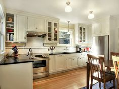 craftsman style kitchen cabinet home decor also light wood kitchen cabinets Home Kitchens, Wood Kitchen Cabinets, Kitchen Remodel Small, Kitchen Design, Light Wood Kitchens, Craftsman Style Kitchens, Bungalow Kitchen, Kitchen Cabinet Styles, Kitchen Styling