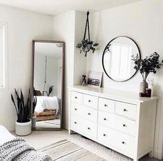 First Apartment Decorating, Diy Apartment Decor, Bedroom Apartment, Home Bedroom, Ikea Bedroom, Mirror Bedroom, Closet Mirror, Bedroom Lighting, Dresser Mirror