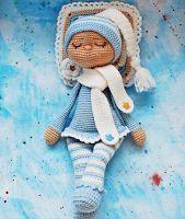 Sonia the sleeping doll by Katusha Morozova. Free amigurumi doll pattern.