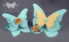 Larger Butterfly Easel Card Tutorial. Check out this website for many wonderful projects and to give her credit for her generosity and talent