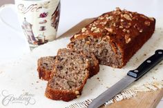 Banana and coconut bread, quick and easy recipe for a moist bread that combine so good the taste of bananas walnuts and coconut flakes. Perfect for coffee time.