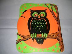 VINTAGE Beistle HALLOWEEN Owl on branch Diecut/Cut-Out Beistle Halloween, Halloween Owl, Holidays Halloween, Vintage Halloween, Halloween Decorations, Halloween Board Game, Die Cut, Samhain, Hallows Eve