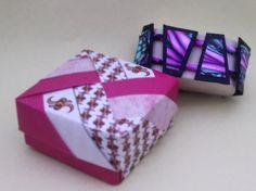 Braccialetto trapezi fantasia ali rosa. Pink wings bracelet.