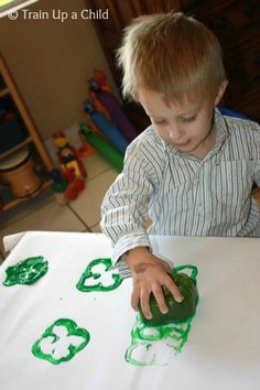 Train Up a Child: Peppers and Shamrocks {St. Patrick's Day Craft for Kids}