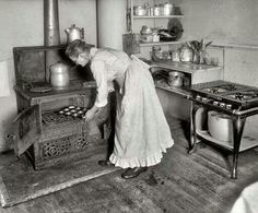 Kitchen 1917