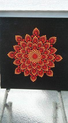 Pin by camila rojas on puntillismo Dot Art Painting, Mandala Painting, Painting Patterns, Stone Painting, Mandala Canvas, Mandala Dots, Mandala Design, Mandela Art, Mandala Painted Rocks