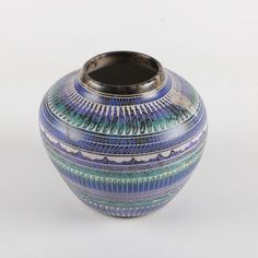 Navajo Horsehair Ceramic VaseART : Navajo Nation PotteryFosterginger.Pinterest.ComMore Pins Like This One At FOSTERGINGER @ PINTEREST No Pin Limitsでこのようなピンがいっぱいになるピンの限界