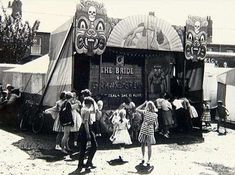 Strange Attractions : Vintage Fairground Photography - art of the beautiful-grotesque