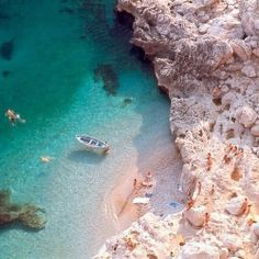 {<3} Capri, Italy.