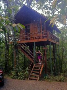 Tree Houses Hotel Costa Rica:                   Sloth Tree House: Sloth Sanctuary  I have plans to go here one day!