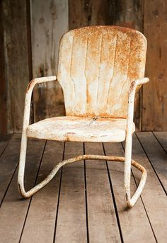 Vintage Lawn Chair U2013 White. // Available For Daily Rental At  Rentals.avecmode