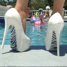 White and zebra these need to be blue then they would be perfect