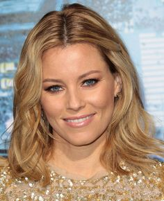 Celebrities - Elizabeth Banks Photos collection You can visit our site to see other photos. Celebrity Faces, Celebrity Stars, Wet Look, Elizabeth Banks Hair, Human Rights Issues, Victoria Secret Fashion, Victoria Dress, Photos Of Women, Red Carpet Looks