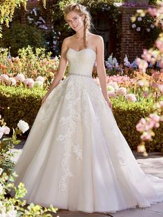Maggie Bridal by Maggie Sottero This princess wedding dress features a beaded bodice accented in Swarovski crystals atop an Anise Organza ballgown skirt with pockets. Wedding Dress Boutiques, Designer Wedding Dresses, Bridal Dresses, Wedding Gowns, Wedding Gown Gallery, Bridal Gallery, Maggie Sottero, Classic Wedding Dress, Perfect Wedding Dress