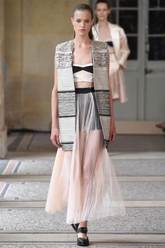 http://www.style.com/slideshows/fashion-shows/fall-2015-couture/bouchra-jarrar/collection/17