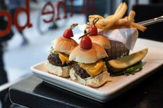 5 Places You Won't Go Hungry on Black Friday in NYC #nyc #newyork #bigappled