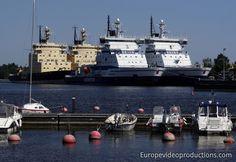 Baltic Sea icebreakers in holidays in Helsinki in Finland