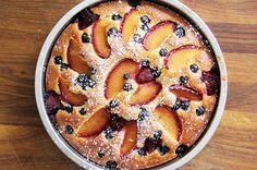 Recipes We Love: Plum and Berry Greek Yogurt Cake | Seventh Generation