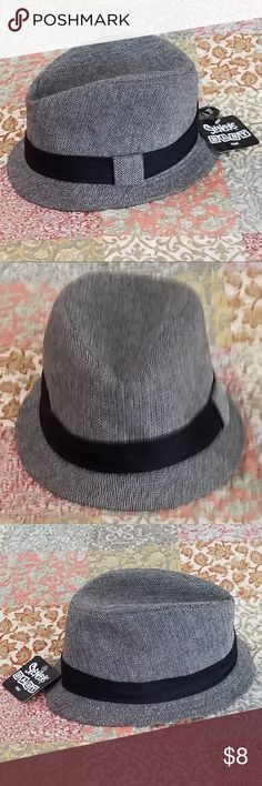 "Spencers Baby Fedora Style Gray/Black Hat NWT Spencers Baby fedora style hat. Super cute for your little man. Perfect for that special occasion! Just in time for Easter! Spencer's exclusive Dimensions"" 5"" H x 8.5"" W x 9.5"" D Material: Cotton, polyester, wool Care: Spot clean Imported *Pet free & smoke free home. Spencers Accessories Hats"