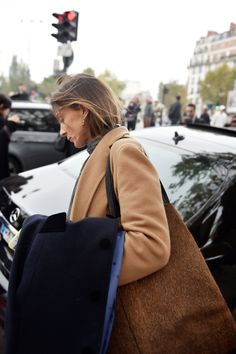 See All the Street Style From Paris Fashion Week: Phoebe Philo Tomboy Aesthetic, Celine Coat, Phoebe Philo, Fashion Week Paris, Street Fashion, Street Style, Street Chic, Street Wear, French Chic