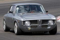 Alfa Romeo GTAm Special Pictures For You https://www.mobmasker.com/alfa-romeo-gtam-special-pictures-for-you/