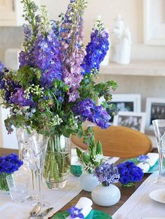 blue-flowers-arrangament - Home Decorating Trends - Homedit