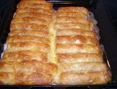 Για κάθε περίσταση - Daddy-Cool.gr Pizza Tarts, Summer Snacks, Tasty, Yummy Food, Greek Recipes, Hot Dog Buns, Banana Bread, Recipies, Food And Drink